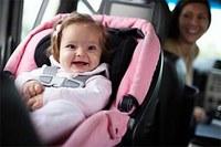 Перевозка детей должна осуществляться с использованием детских удерживающих систем!