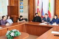 Школьники района приняли участие в работе круглого стола по экстремизму