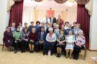 В преддверии Международного Дня учителя глава Агаповского района встретился с ветеранами педагогического труда
